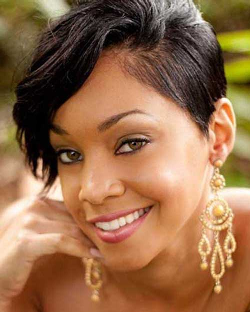Short-Natural-Black-Pixie-Hairstyle-for-African-and-American-Girls Naturally Short Hairstyles for Beautiful Black Women