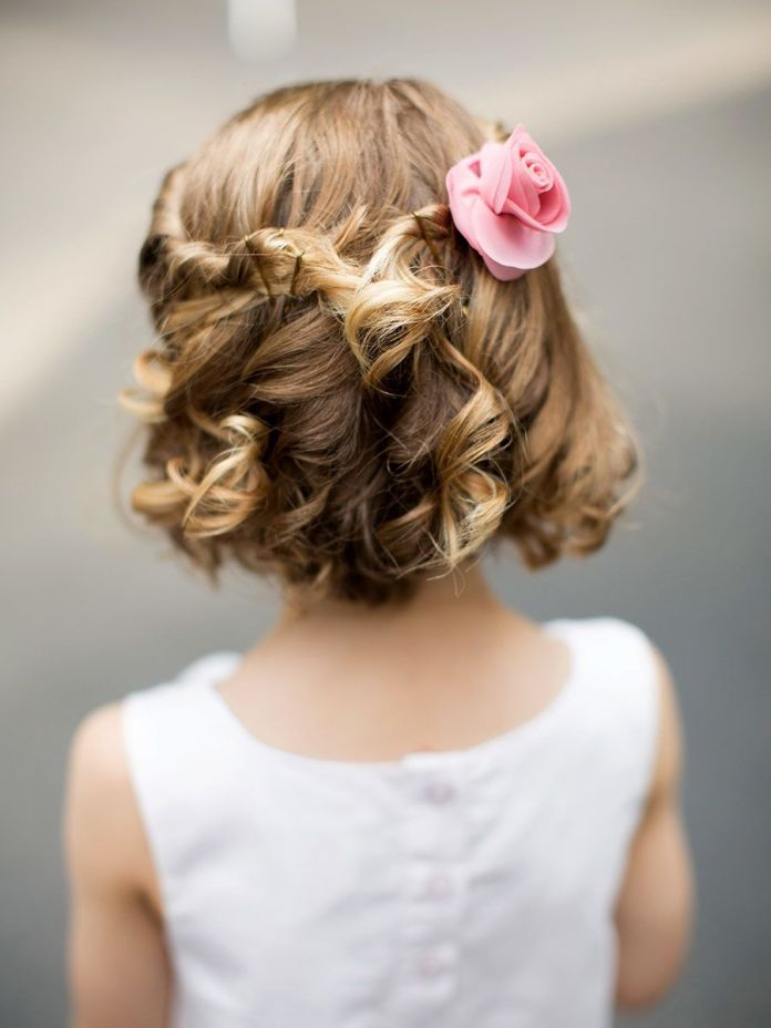 Simple-and-Classy-Curl-Up-Hairstyle Most Cutest Flower Girl Hairstyles