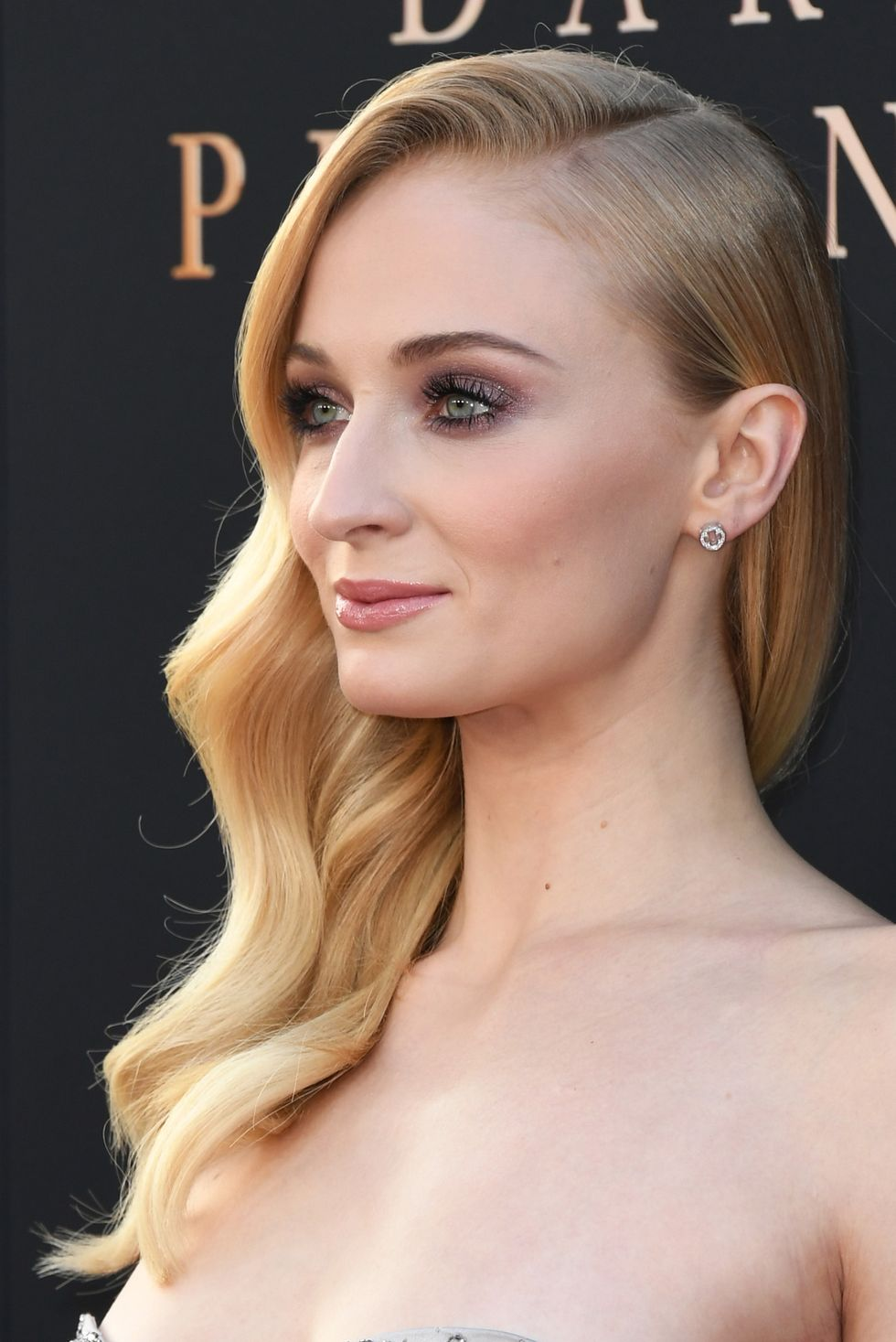 Soft-Waves 14 Stunning Long Hairstyles To Try In Summer Time