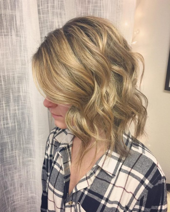 multi-dimensional-style 10 youthful and stylish short hairstyles for women over 40