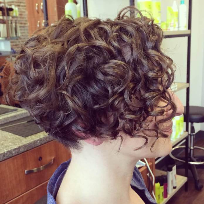 short-curly-bob 14 flattering and eye-catching hairstyles for short curly hair