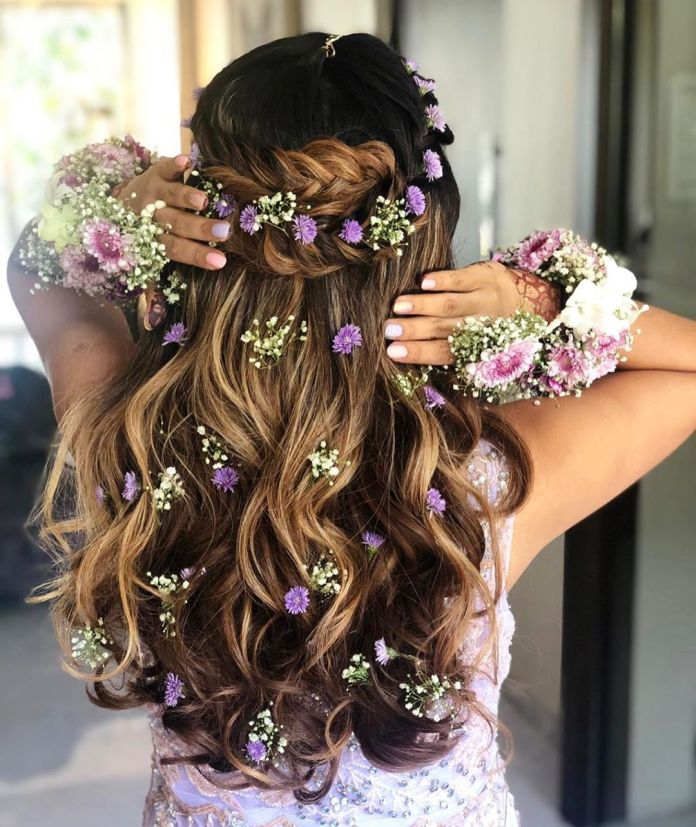 Beautiful-Floral-Waves-Hairstyle- 25 Festival Hairstyles to Enhance Your Appearance