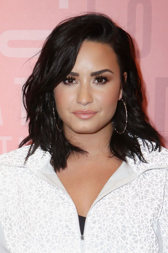 Dark-Toned-Black-Hair 21 Hair Color Trends 2020 to Glam Up Your Tresses