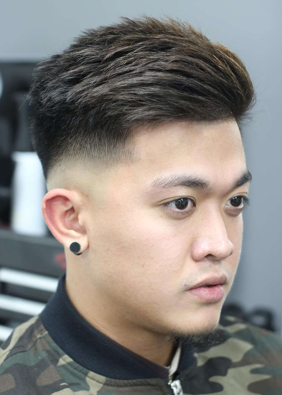 Drop-Fade-with-Textured-Top Drop Fade Haircut for an Ultimate Stylish Look