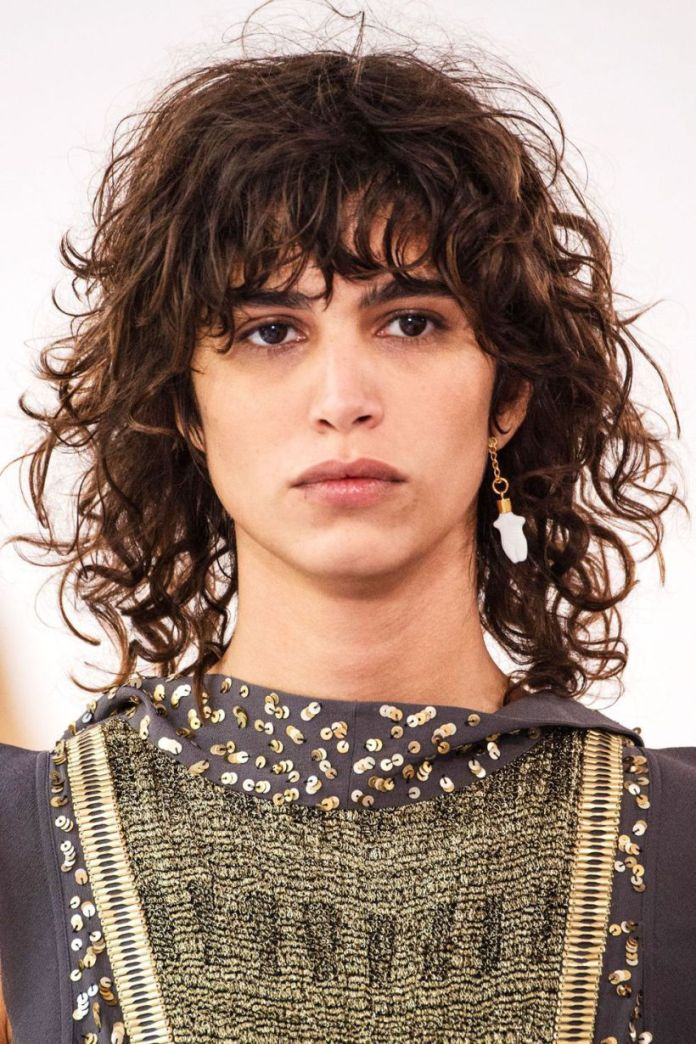 Fine-Shaggy-Hair 15 Hairstyles with Bangs for an Ultimate Gorgeous Look
