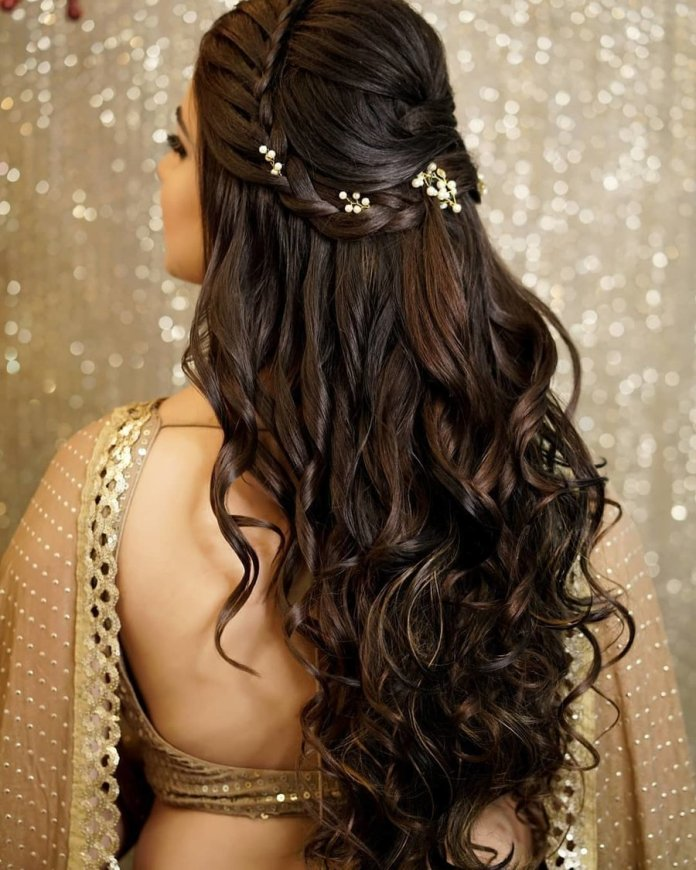 Gorgeous-Curls 21 Bridal Hairstyles 2020 for an Elegant Look