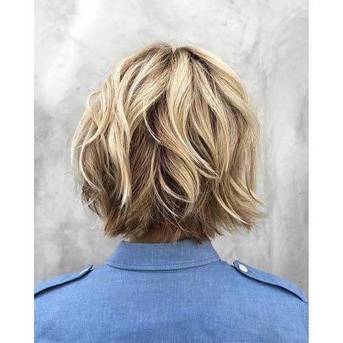 Layered-Choppy-Bob-for-Fine-Hair Best Short Layered Haircuts for Women