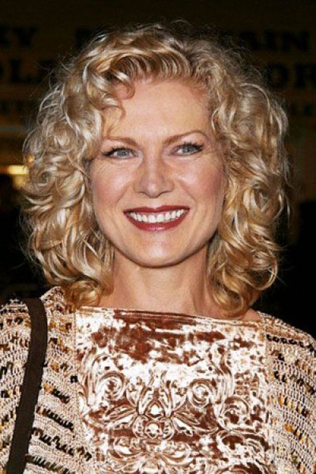 Medium-Length-Curly-Hair Best Short Curly Hairstyles for Women Over 50
