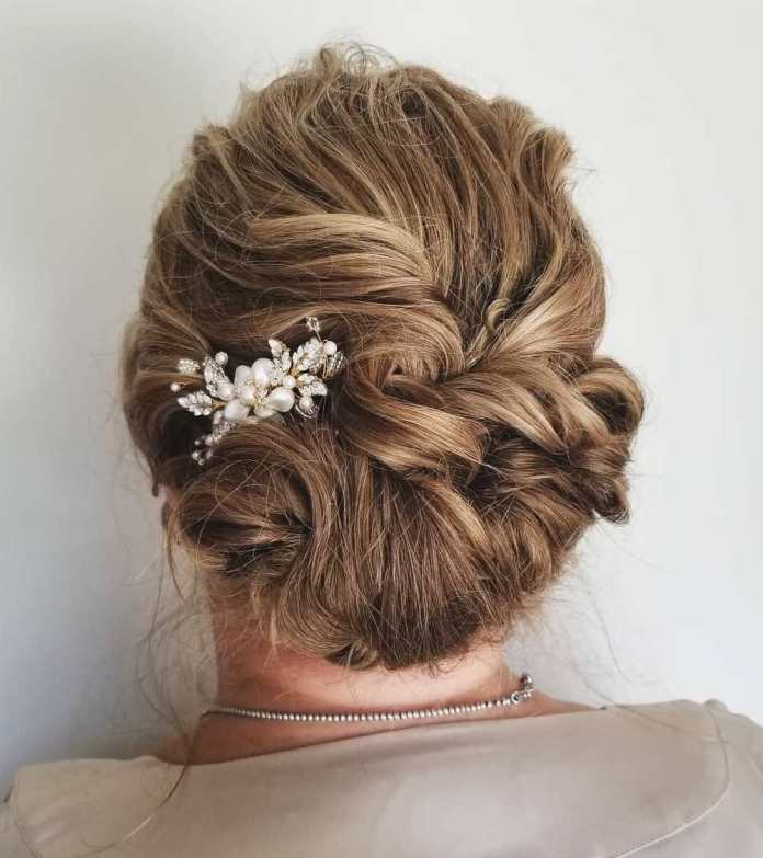 Messy-Curly-Rolled-Updo 15 Beautiful Hairstyles for Mother of The Bride That's Easy To Put Together