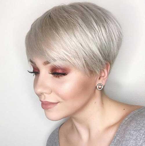 Pixie-Cut 20 Layered Short Haircuts for Women