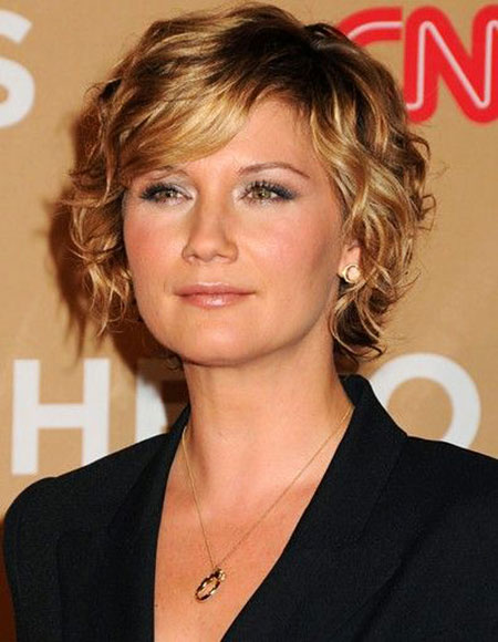 Pretty-Look-Mild-Wavy-Blonde Best Short Curly Hairstyles for Women Over 50