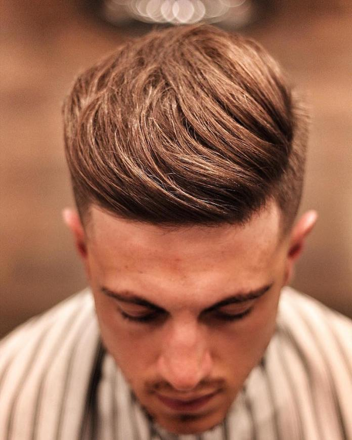 Textured-Quiff-with-Side-Part 25 Quiff Hairstyles for Ultra Modern Look