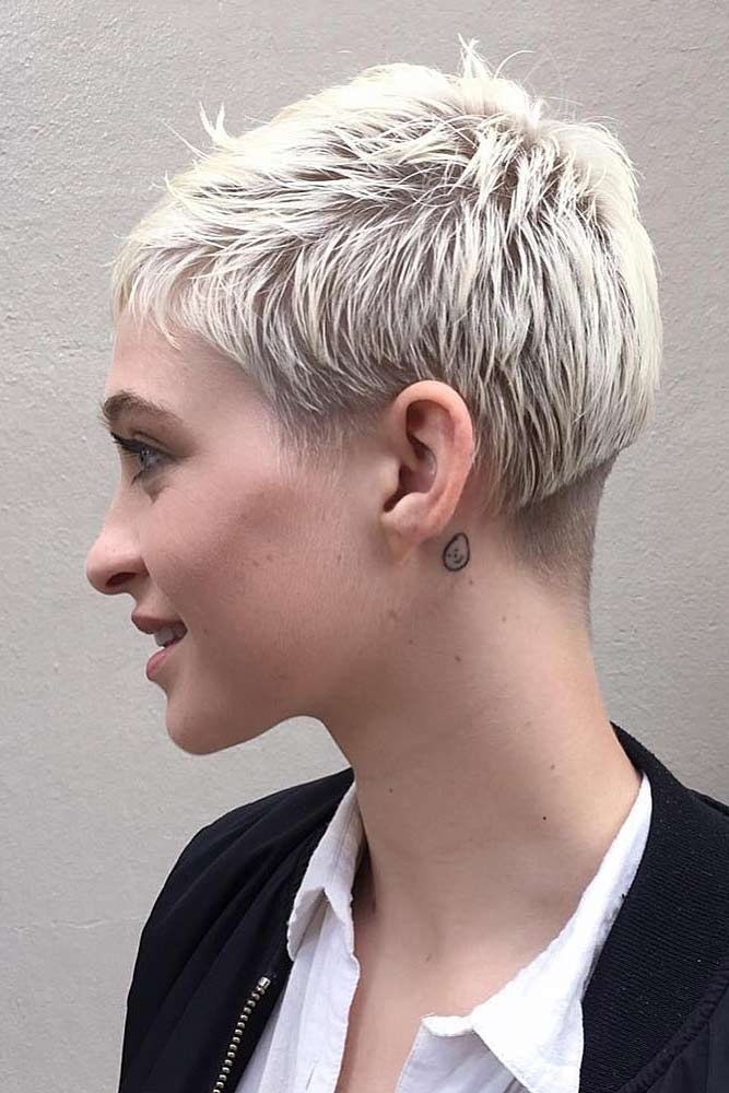 Unconventional-Snowy-White-Hairstyle 20 Short Layered Hairstyles to Look Beautiful