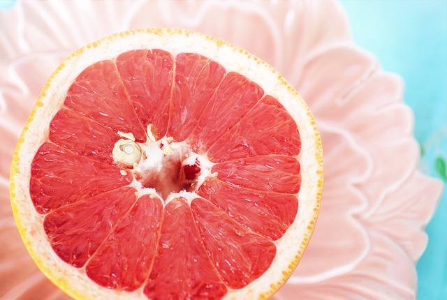 grapefruit in bowl