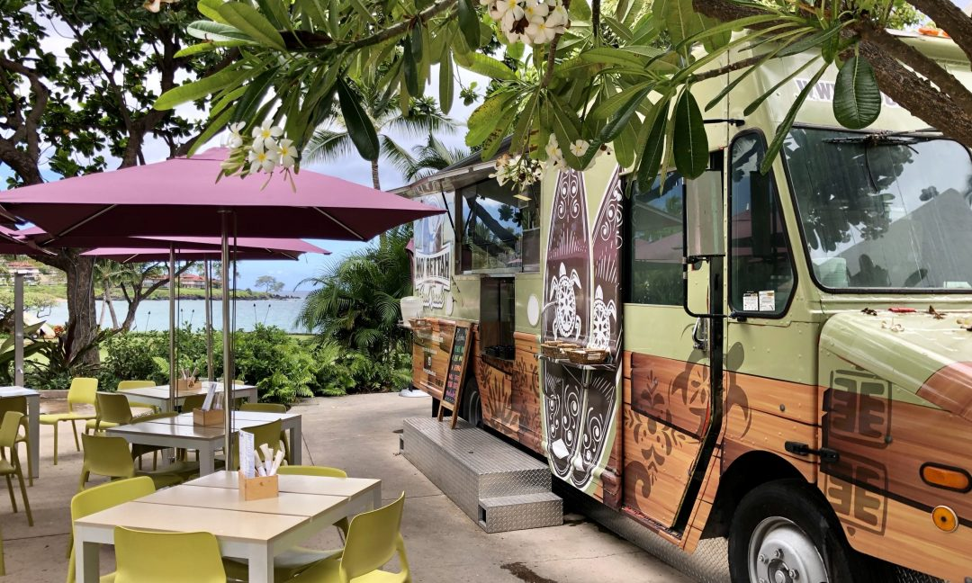 Mo Bettah Food Truck at the Wailea Beach Resort by Marriott