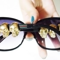Sunglasses with Skulls - DIY