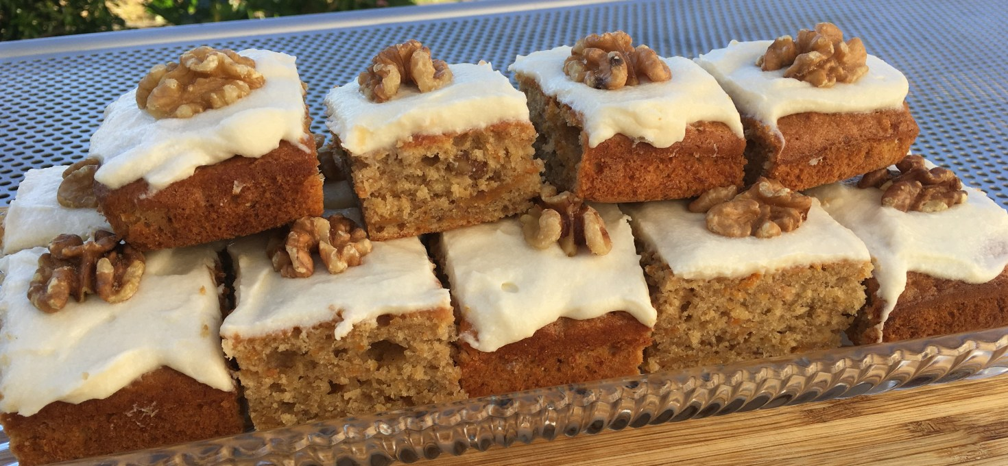 Best Ever Carrot Cake Recipe Quick Traybake Theunicook