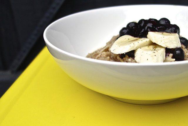 apple strudel lsa porridge with berry compote feature