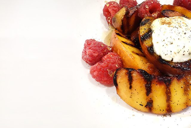 healthy grilled peaches grilled fruit healthy dessert