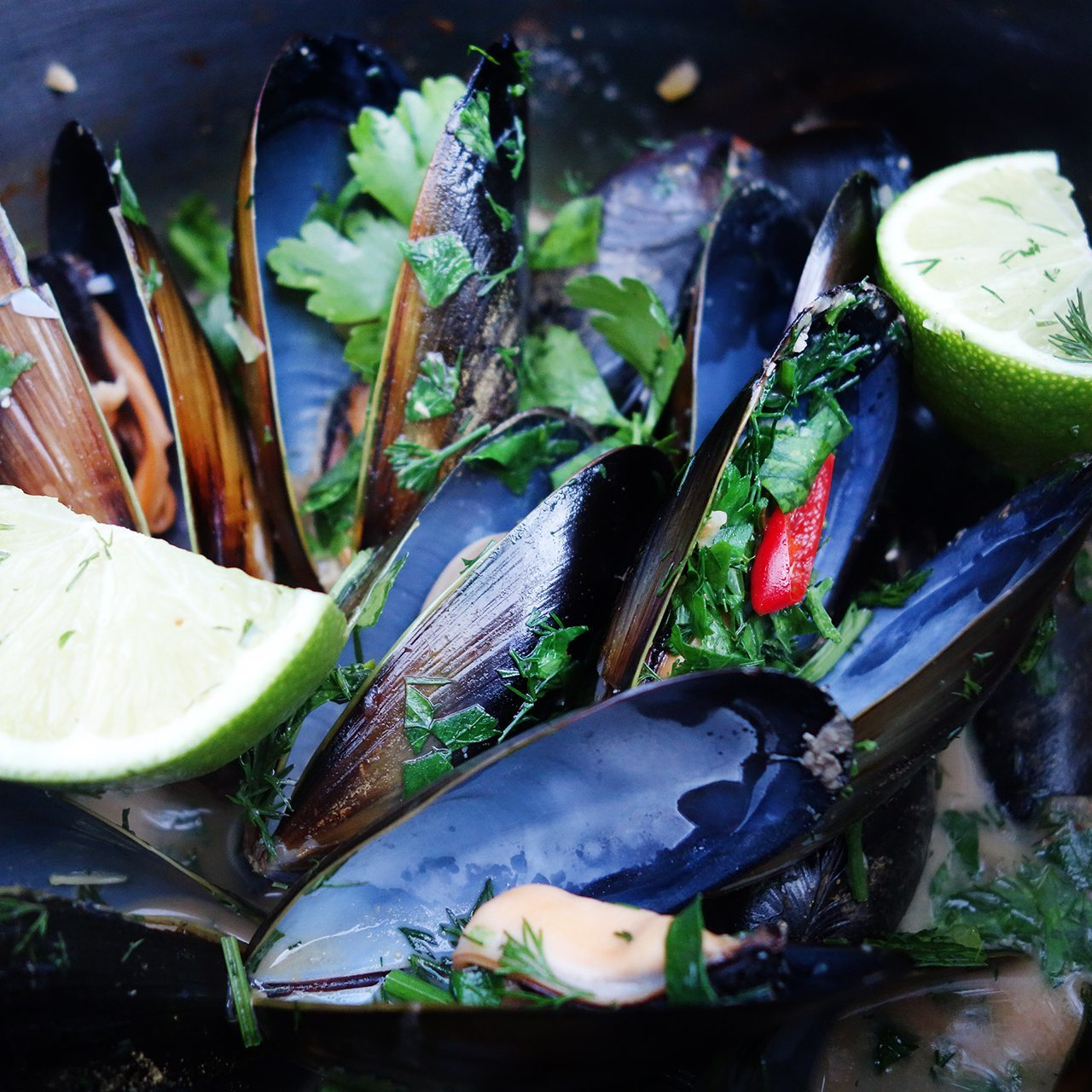 clean eats coconut chilli mussels with dill