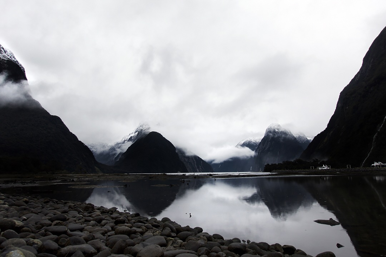 Queenstown Milford Sound New Zealand Snowy Mountain