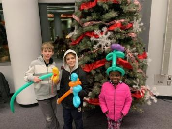 kids_with_tree_2019