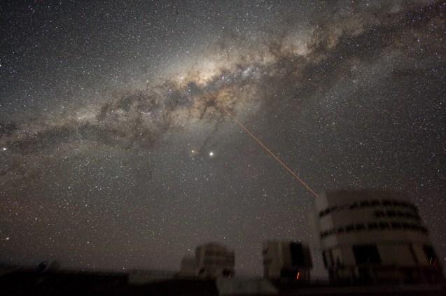 ESO VLT Laser photo Milky Way