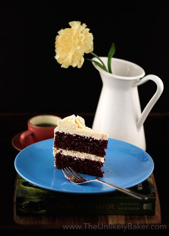 What Kind Of Frosting Goes On Red Velvet Cake