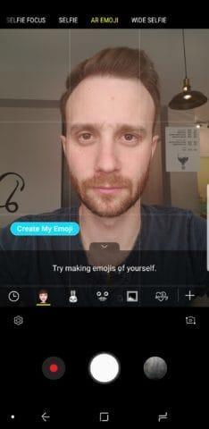 Tap AR Emoji