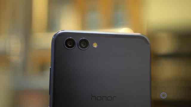 Honor View10 Dual Cameras