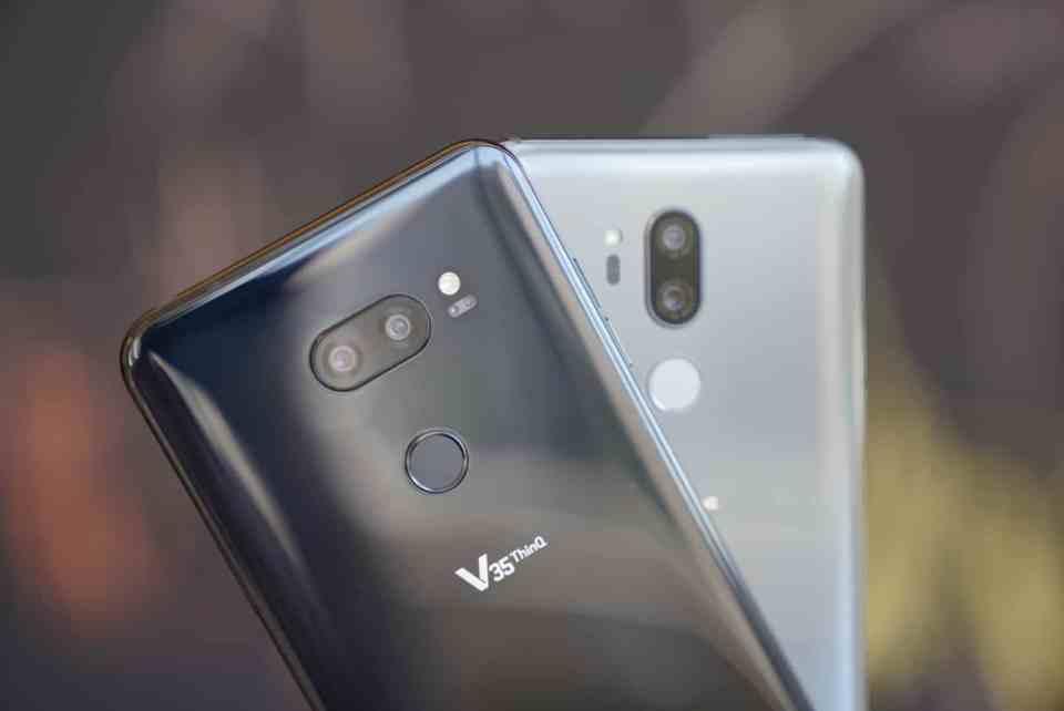 LG V35 vs LG G7 Back