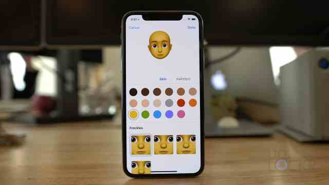 Memoji Customization Options