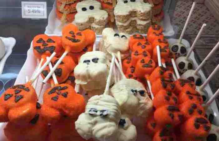 Halloween Treats at Mickey's Not So Scary Halloween Party