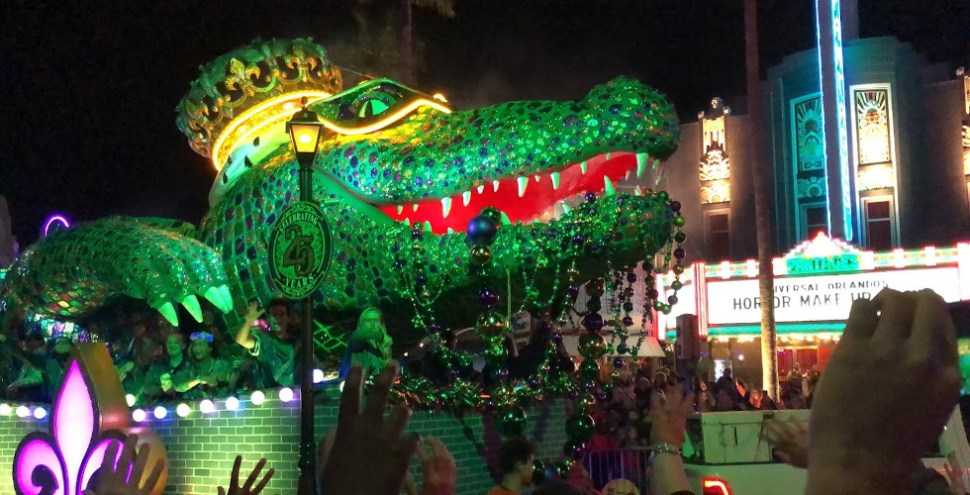 Universal Mardi Gras 2020 King Gator featured