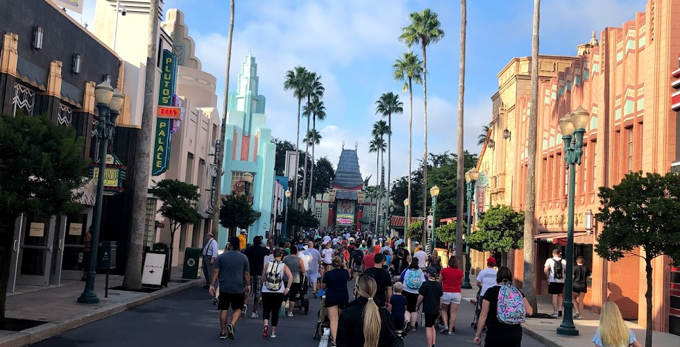 rope drop Disney's Hollywood Studios Chinese Theatre