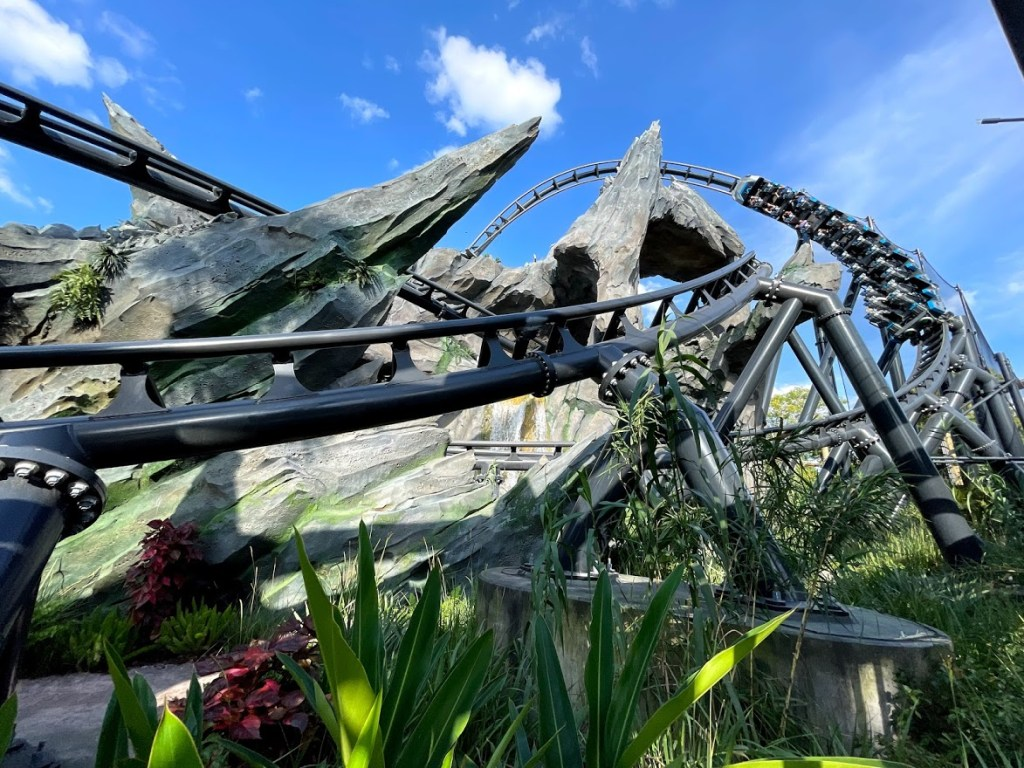 Jurassic World Velocicoaster previews, May updates to the Unofficial Guide to Universal Orlando 2021