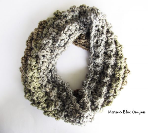 last minute christmas gifts to crochet | the unraveled Mitten | Caron Tea Cake Cowl