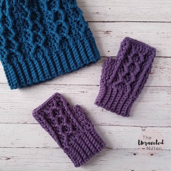 Honeycomb Cabled Fingerless Gloves   Free Crochet Pattern   The Unraveled Miteen