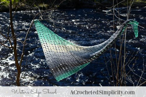 Waters Edge Shawl | Free Crochet Pattern | 9 Crochet Shawls for Spring Round up by The Unraveled Mitten