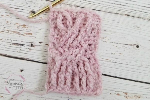 Cute Cable Bunny | Free Crochet Pattern | The Unraveled Mitten
