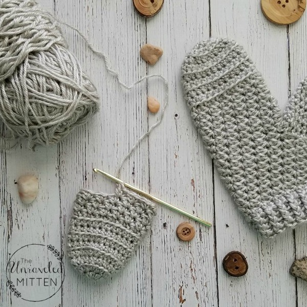Moon Dance Crochet MIttens | The Unraveled Mitten