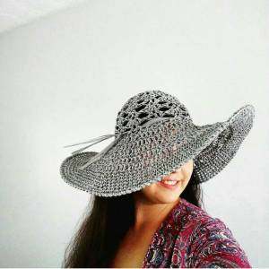 Salt Grass Beach Hat | Mother's Day Crochet Pattern Round Up by The Unraveled Mitten