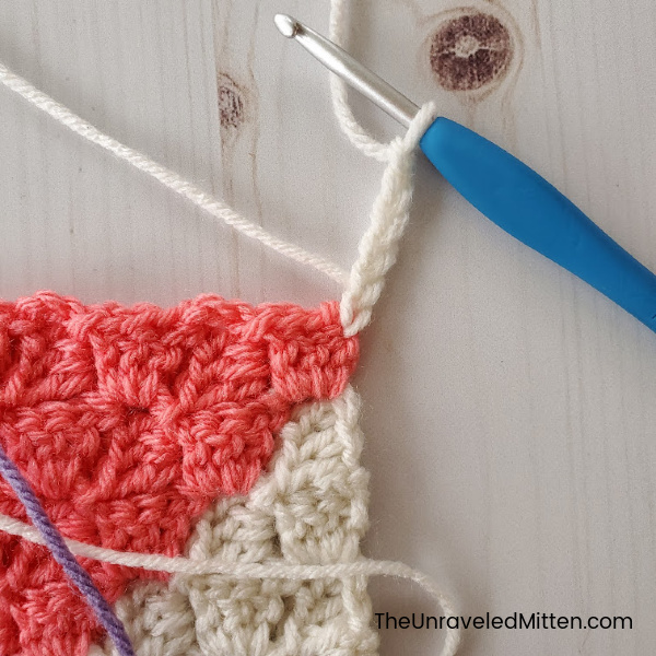 Join as You Go Corner To Corner Tutorial | The Unraveled Mitten