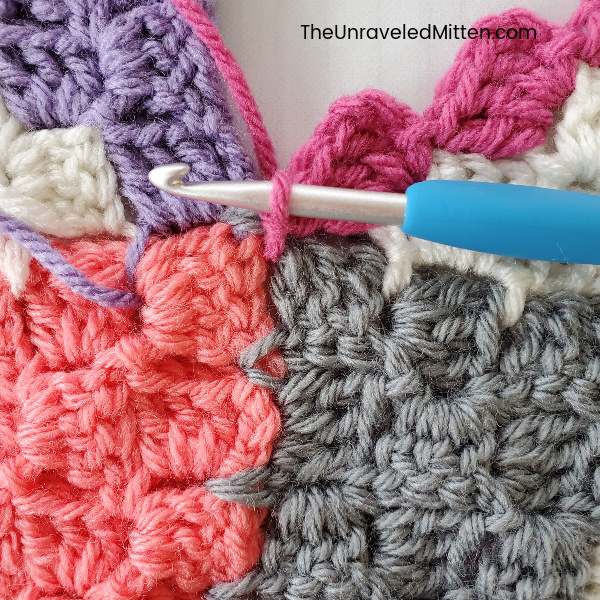 Corner to coerner (C2C) Join as you go tutorial | The Unraveled Mitten
