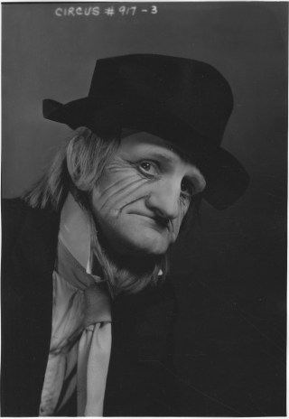 WPA Federal Theatre Circus. Frank Walter, member of clown alley. 69-TC-NYC-19-917-3.
