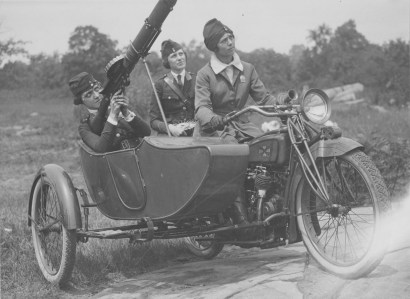Women's Machine Gun Squad Police Reserves, New York City. 165-WW-143-B23