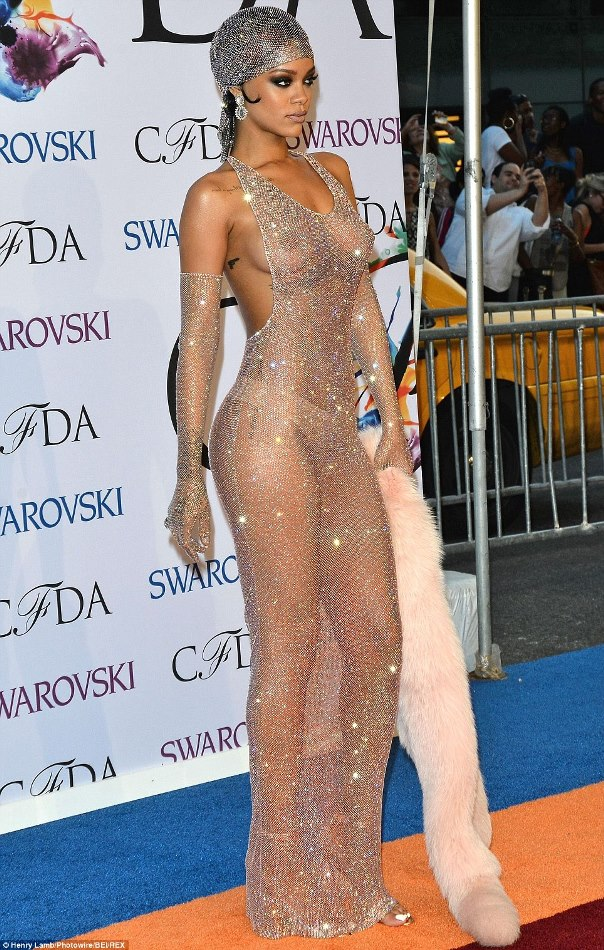 Rihanna9