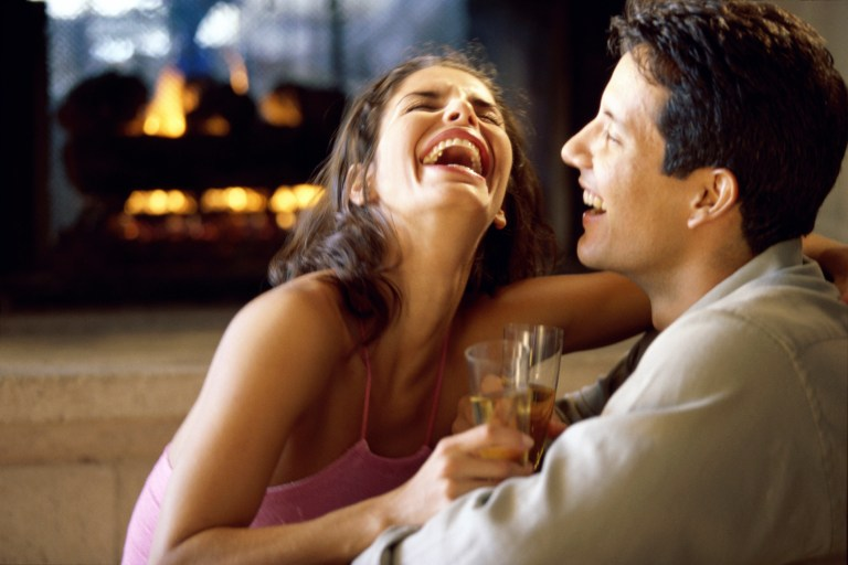 5 Subtle Signs Your Date is Into You