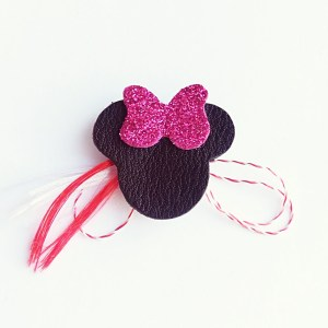 martisor-Minnie-piele-naturala-sashaccessories