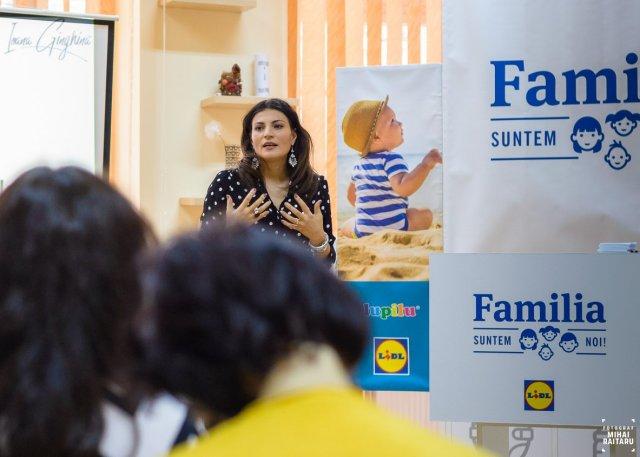 Ioana Ginghina @ Digital Parents Talks Public Speaking theurbandiva blog